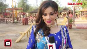 Meenakshi has a new stylish look: Kanika Maheshwari
