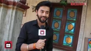 Shashank Vyas reveals his co-star's secrets