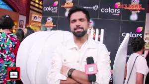 Rithvik Dhanjani turns host for Rasoyi Ki Jung Mummyon Ke Sung