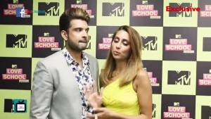 Karan Kundra and Anusha Dandekar take up Compatibility Test