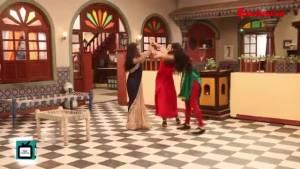 On Sets I Kalyani and Malhar enjoy some romantic moments