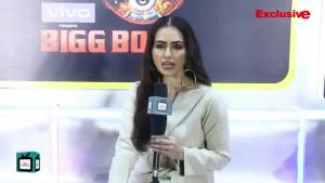 Arjun Bijlani would be a great choice for Colors Bigg Boss - Sana Khan