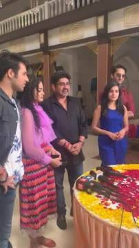 Abeer-Mishti celebrate 200th episode of YRHPK with Kuhu-Kunal and others