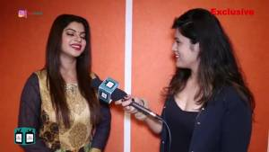 Sneha Wagh turns a journalist; spills secrets about BB 13 contestant Asim, Siddharth, and others