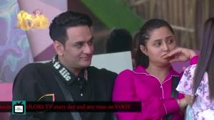 Asim Riaz gets jealous of Vikas Gupta and Himanshi Khurana's closeness