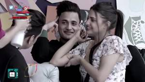 Rashami Desai supports Asim Riaz and Himanshi Khurana's bond in Bigg Boss 13
