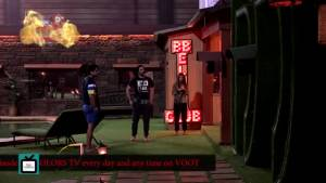 Arti scares the house members by being a ghost I Prank Time in Bigg Boss 13