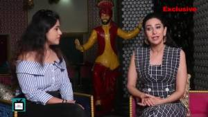 Karisma Kapoor shares her experience while shooting, Kareena's reaction over Taimur comment, & more
