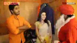 X Mas Special Telly Banta Proposes TV Bahus