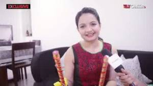 Giaa Manek gets into Navratri mood