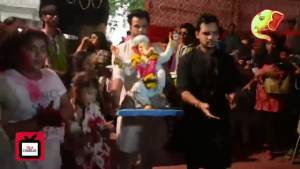 Rithvik celebrates Ganpati Visarjan with Super Dancer kids