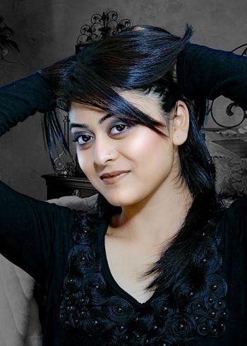 Falaq Naaz