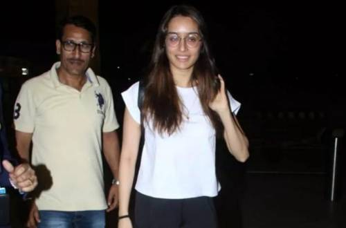 Shraddha Kapoor's no-makeup look in public proves she's a natural beauty!