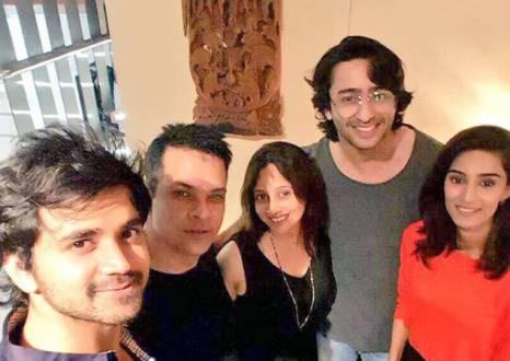 Shaheer Sheikh, Erica Fernandes, Yash, Mamta Patnaik, Kuch Rang Pyar Ke Aise Bhi