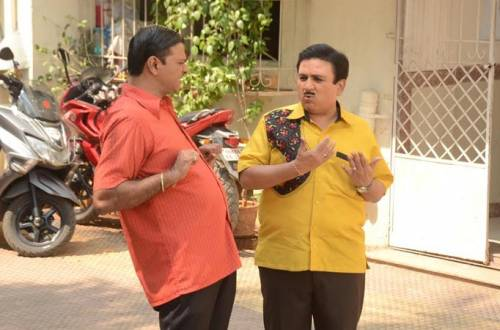 Taarak Mehta: Jethaalal and friends break into the flat above his show