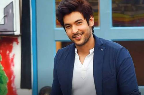 Check out Shivin Narang's LOOK from Beyhadh 2!