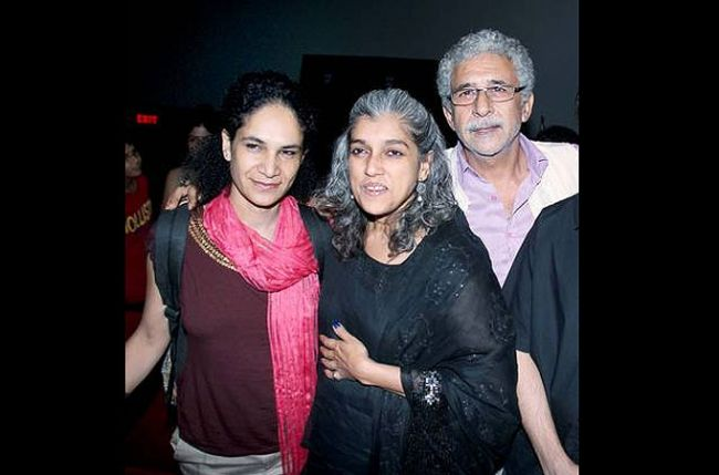 Naseeruddin Shah to perform in England with wife & daughter