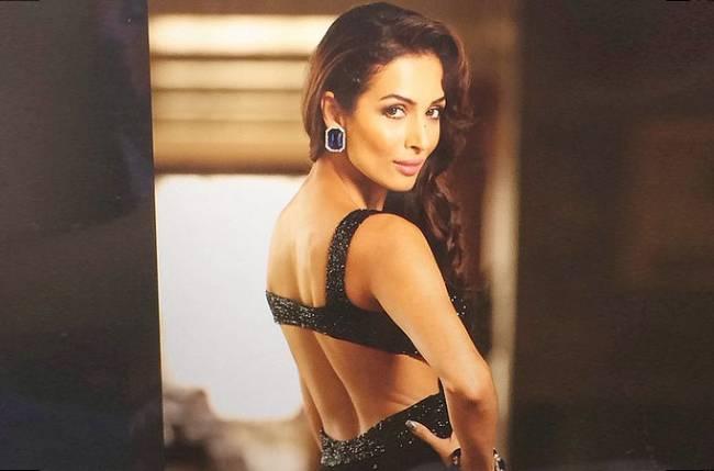 Sexy malaika khan