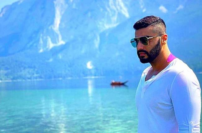 Malaika Arora, Arjun Kapoor`s vacation pics will drive away your mid-week blues