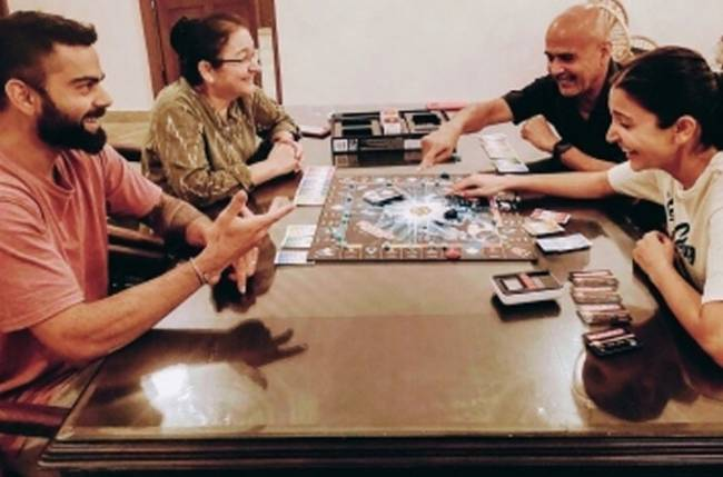 Anushka Sharma and Virat Kohli enjoy a game of Monopoly with family amid lockdown