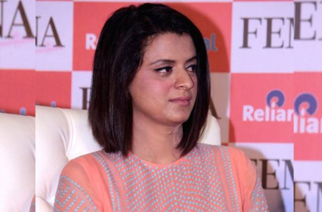 Kangana's sister Rangoli's Twitter account suspended, courtesy spats and controversies