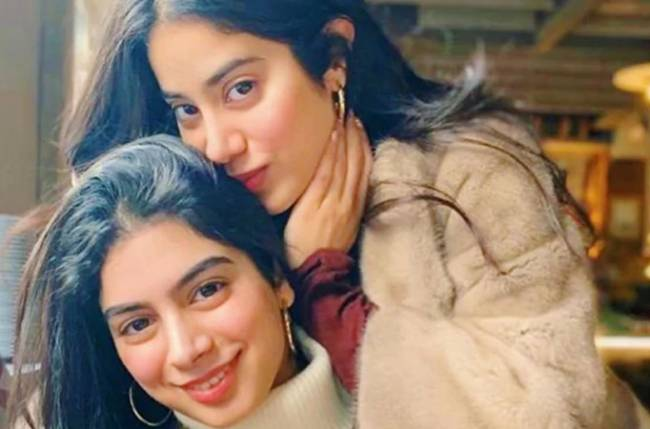 Janhvi and Khushi Kapoor's throwback photo is stunning