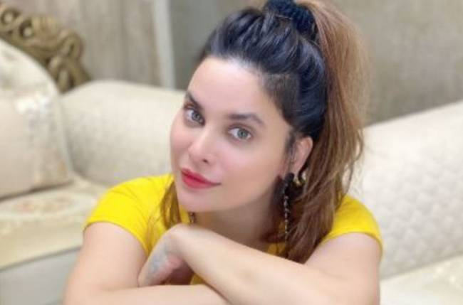 Marina Kuwar, whom Sonu Nigam mentioned in his warning video for Bhushan Kumar, shares post on depression