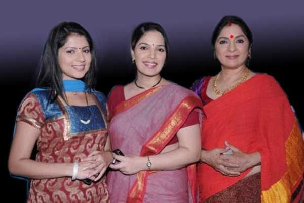 Ladies Special goes off air to accommodate Bayttaab