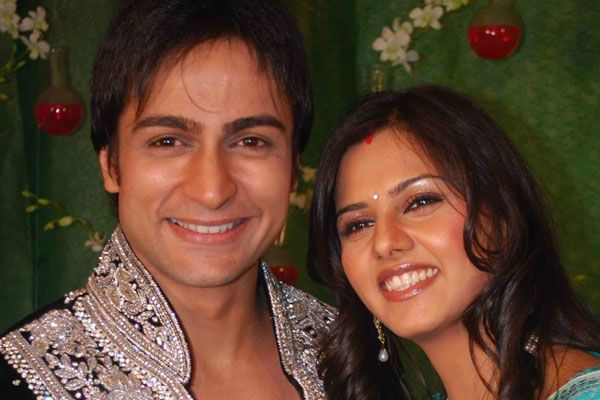 Daljeet Kaur And Shaleen Bhanot Tied The Knot Last Month However Within One Week After His Marriage Started Shooting For Rajshri S Do Hanso Ka