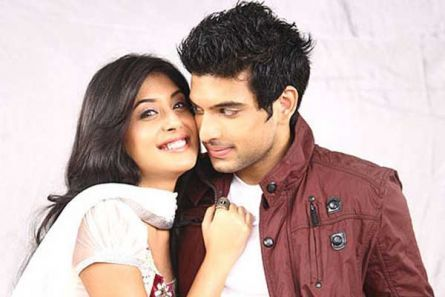 Are Arjun And Arohi Dating In Heartfelt Life