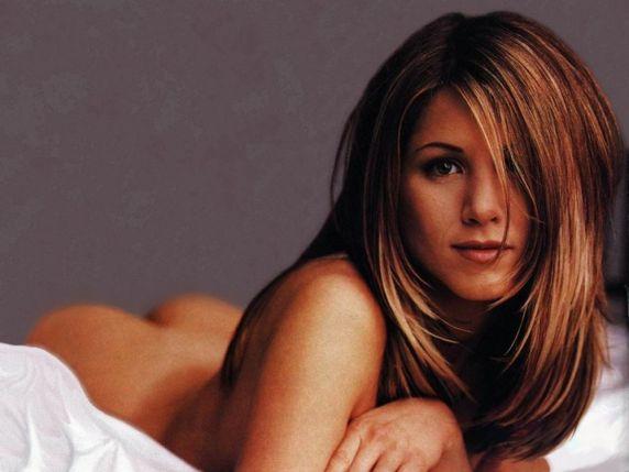 Modelling Jennifer aniston naked