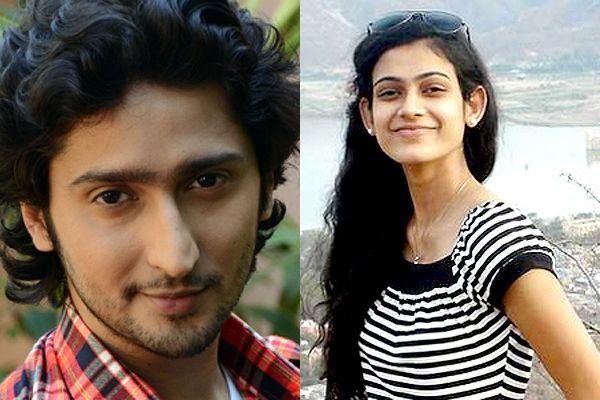 aakanksha singh și kunal karan kapoor dating cunoștință fără înregistrare cu o femeie