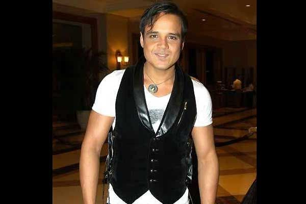 yash tonk in rocky handsome