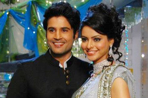 rajeev khandelwal and aamna sharif relationship