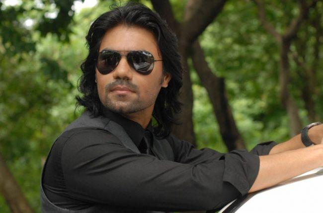 Gaurav Chopraa christened as 'Batman' and 'Krishna' on the sets of Uttaran