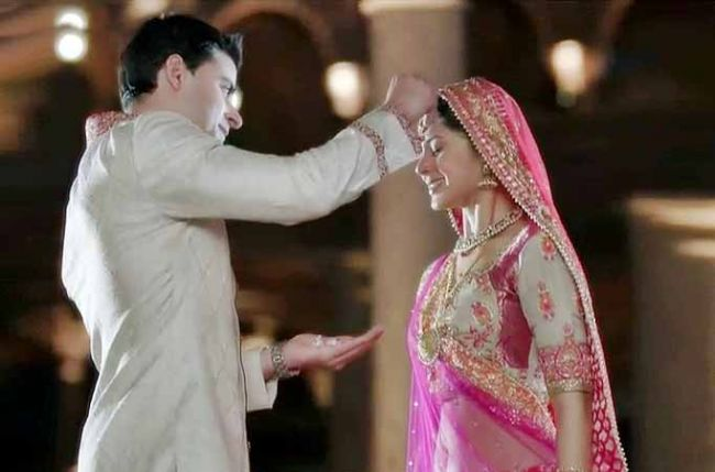 marriage of saras and kumud to hit a roadblock in star