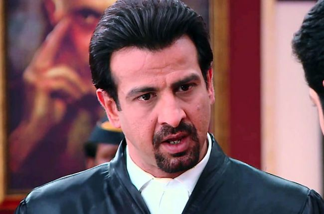Pathak to defend a pet cat charged with murders in sony tv s adaalat