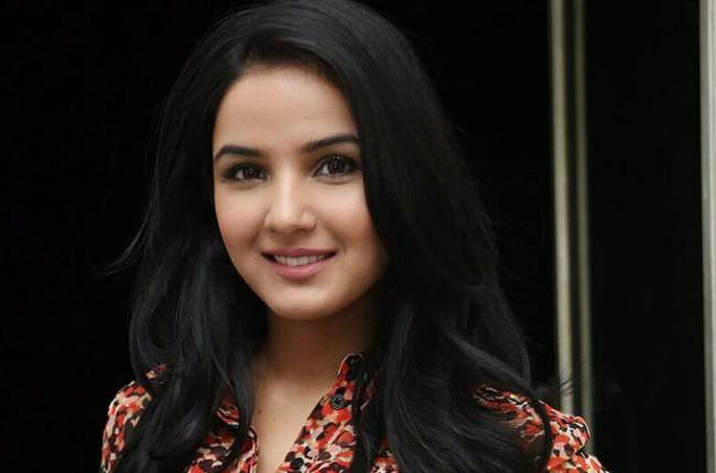 Jasmin S Absence Brings In An Accident Track In Zee Tv S Tashan E Ishq