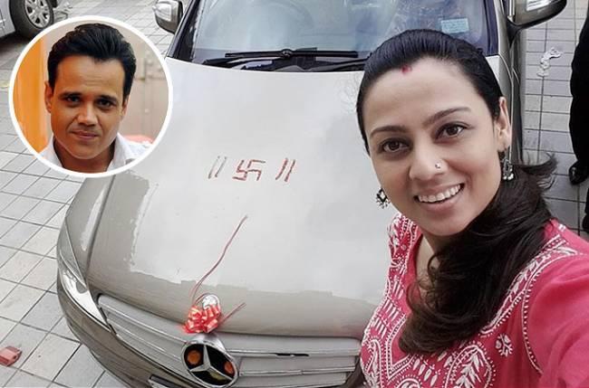 Yash tonks romantic gift to wife gauri negle Gallery