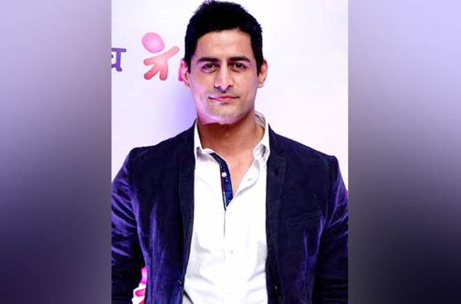 Checkout: Mohit Raina witty answers to fans on Twitter