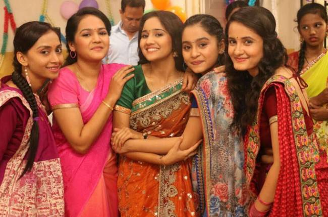 Ashi Singh sports a saree for the first time in Yeh Un Dinon