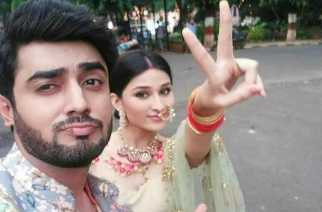Akshay Mhatre Salutes Co Star Sheen Dass See more ideas about zee tv, tv actors, how to remove. akshay mhatre salutes co star sheen dass