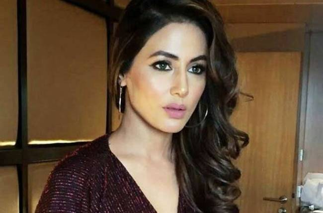 Hina Khan signs new project?