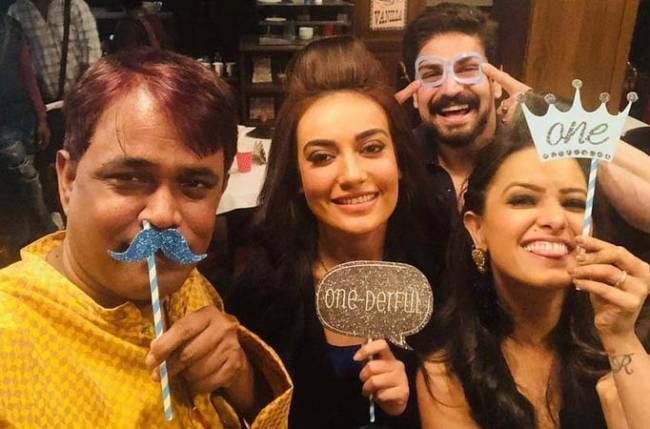 The actors of Naagin 3 are now a GANG!