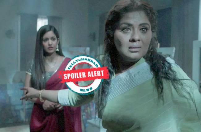 Kunti playing a double game with Raghbir and Pragati in