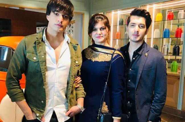 Mohsin Khan Is A Complete Family Man He did his schooling from mumbai's children's academy and went to thakur polytechnic college to pursue. mohsin khan is a complete family man