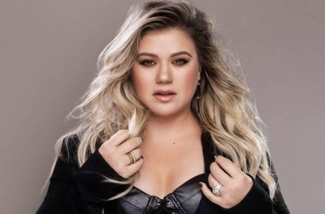 Kelly Clarkson thanks estranged husband after winning first Daytime Emmy