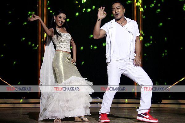 Madhuri Dixit with Remo D'Souza and karan johar