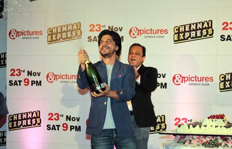 Punit Goenka, MD, ZEEL, Shahrukh Khan and director Rohit Shetty at the Zee TV success party of Chennai Express