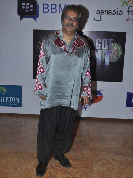 (L-R) Khatron Ke Khiladi contestants Mugdha Godse, Nikitin Dheer, Teejay, Debina, Gurmeet, Rochelle and Pooja Gor